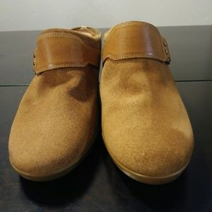 Cole Haan clogs
